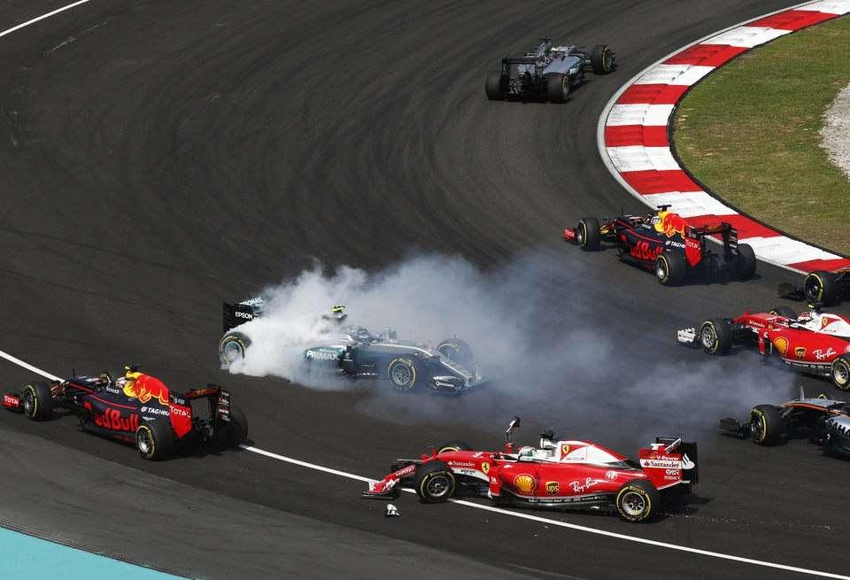 Феттель оштрафован натри позиции настарте Гран-при Японии