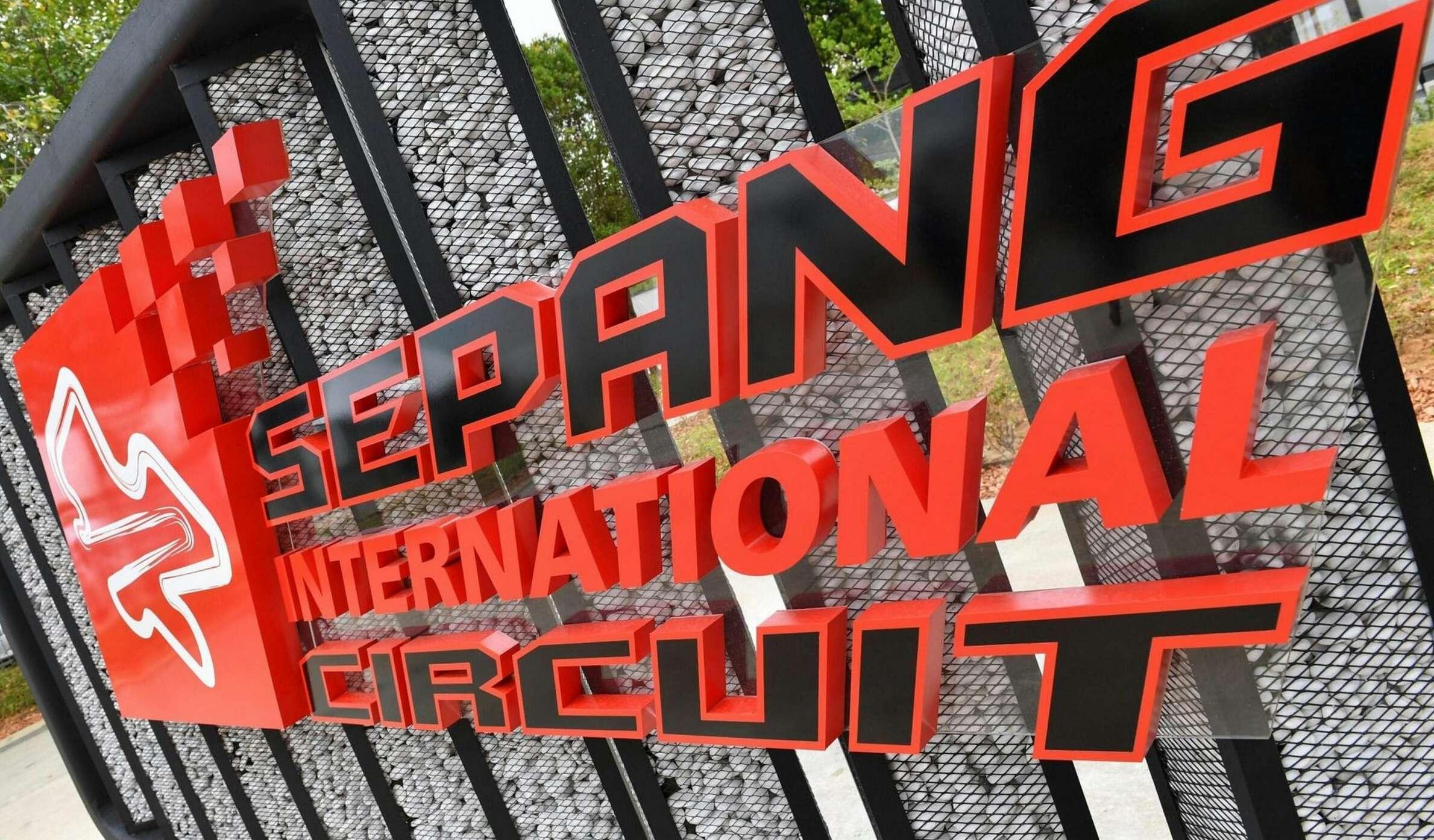 Гран-при Малайзии может пропасть изкалендаря Формулы-1
